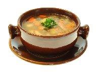 Печена пилешка супа с картофи и моркови в глинен гювеч (гърне) на фурна